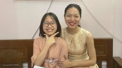 Luyen-Thi-Chuyen-Anh-Co-Do-Dung-Hoc-sinh-Tran-Thi-Phuong-Anh-7a0 (1)
